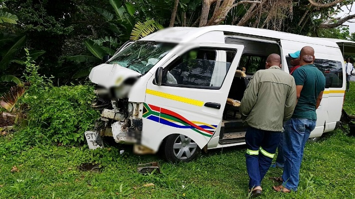 8 injured as a minibus taxi carrying learners crashes into a telephone pole in RamsgateKZN
